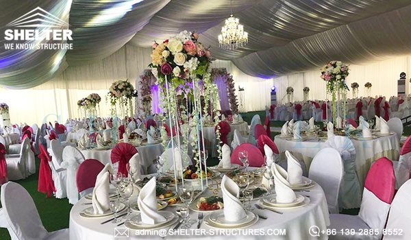 25 by 50m wedding marquee with glass wall - 1000 seater tent used as wedding banquet hall (7)